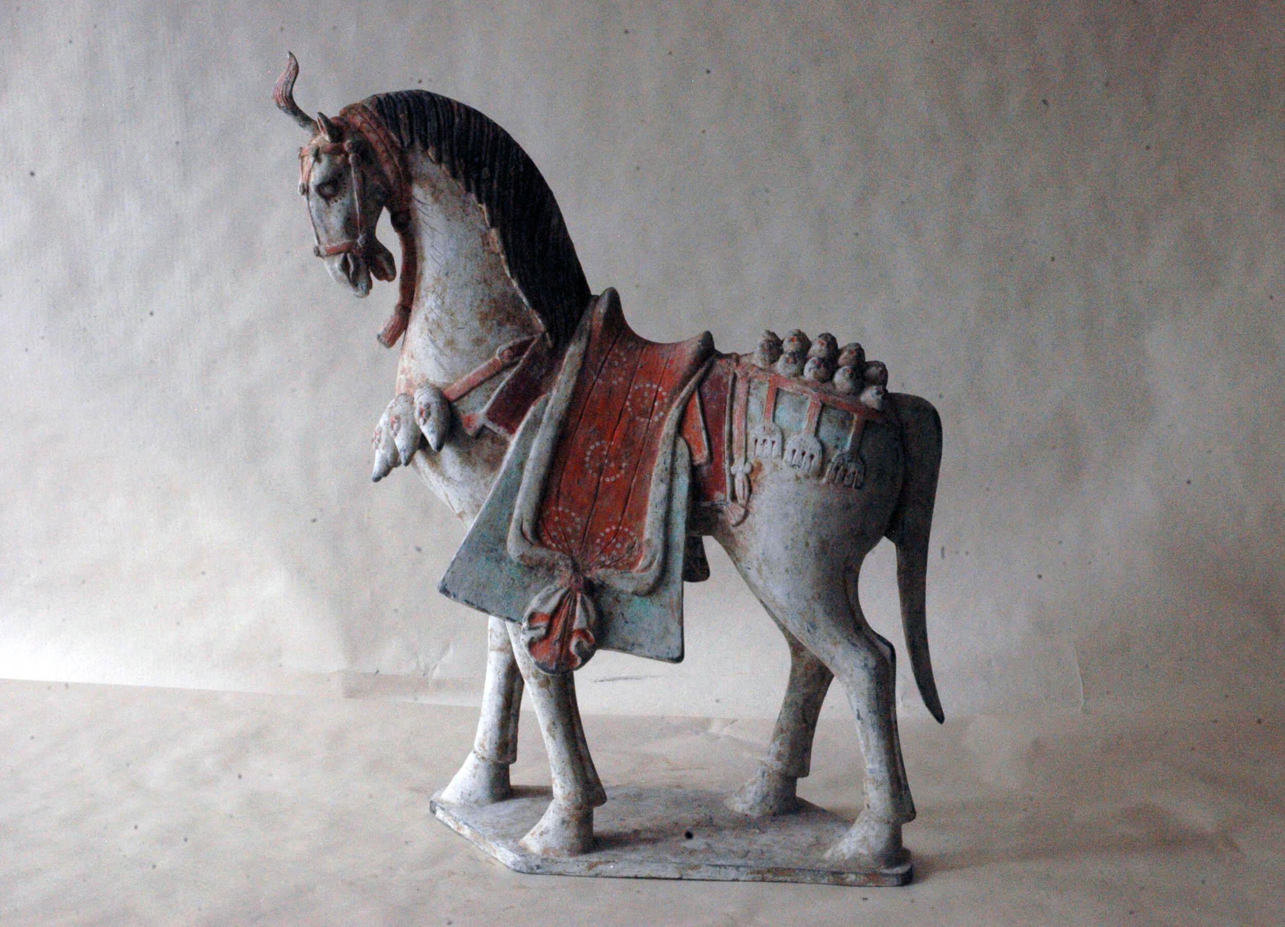 Weiský osedlaný kůň