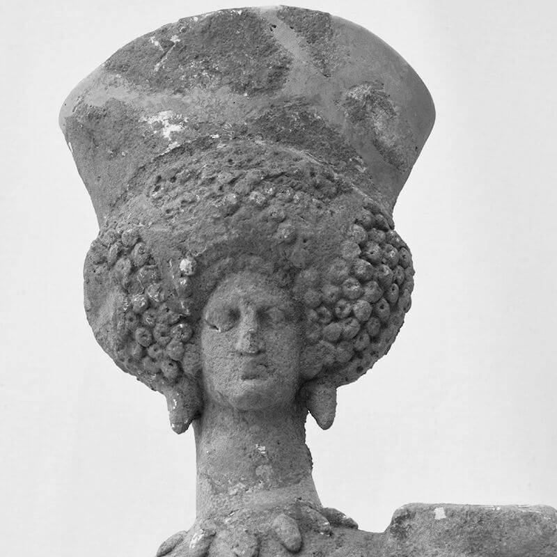 Restaurování heléneských terakotových figur pro národní muzeum